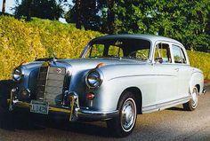 1959 Mercedes-Benz 220 Mercedes Benz Amg, Mercedes Models, Benz Car, Vintage Cars, Antique Cars, Merc Benz, Commercial Van, Classic Mercedes, Old Cars