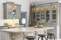 15 Best Feng Shui Kitchen Colors: Grey Color in A Good Feng Shui Kitchen