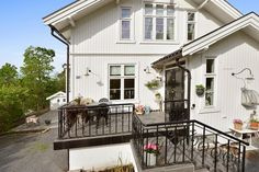 Beautiful house; still for sale; Høvik / Norway