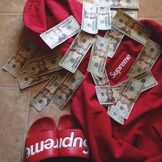 supreme, money, and red image Teen Boy Fashion, Mens Fashion, Supreme Clothing, Money On My Mind, Red Images, Rich Boy, Outfits Hombre, Supreme Wallpaper, Red Aesthetic
