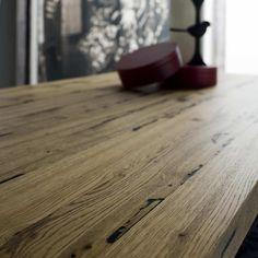 Tavolo in Briccole Cooper dettaglio legno piano