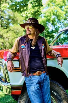 Kidd Rock buy a truck Music Pics, My Music, Music Stuff, Fun Stuff, Random Stuff, Kid Rock Picture, Ranger, Pictures Of Rocks, Bret Michaels