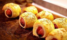 5 enkle tapasretter med butterdeig | Tapas | EXTRA - Appetisers, Pretzel Bites, Nom Nom, Buffet, Sausage, Easy Meals, Food And Drink, Snacks, Meat