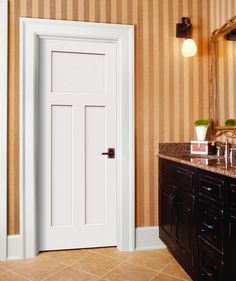 Add style to your home decor by installing this Continental Primed Left-Hand Smooth Molded Composite MDF Single Prehung Interior Door from JELD-WEN. Craftsman Style Interiors, Craftsman Style Doors, Craftsman Interior, Home Interior, Craftsman Bathroom, Modern Interior, Jeld Wen Interior Doors, Prehung Interior Doors, Prehung Doors
