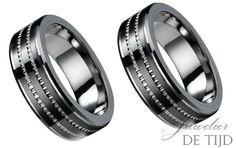 Wolfraam trouwringen 8mm breed-Juwelier de Tijd   Persoonlijk advies over trouwringen, sieraden en taxaties