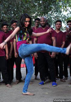 Shraddha Kapoor tight jeans hot photo legs kick stunt