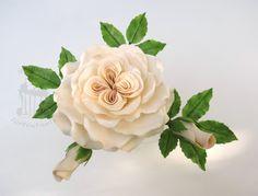 "Sugar rose  - Old rose ""Queen of Denmark"" out of gumpaste.  For the tutorial please visit my blog http://tortentante.blogspot.de/"