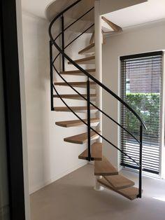 Spiral Stairs Design, Railing Design, Spiral Staircase, Staircase Design, Round Stairs, House Staircase, Minimalist House Design, New Home Designs, Home Interior Design