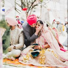 Candid Photography ideas to get clicked with your Mother and Father! Indian Wedding Pictures, Wedding Pics, Wedding Couples, Dream Wedding, Bridal Pictures, Farm Wedding, Wedding Ideas, Pakistani Wedding Outfits, Sikh Wedding