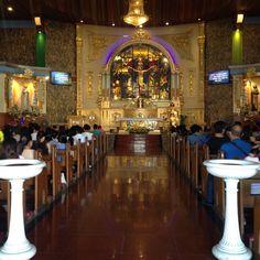 Altar of Mary The Queen Parish