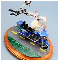 awesome The Various Choices of Motorcycle Wedding Cake Toppers Check more at http://jharlowweddingplanning.com/the-various-choices-of-motorcycle-wedding-cake-toppers