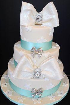 Elegant Modern Blue Round Wedding Cakes Photos & Pictures - WeddingWire.com