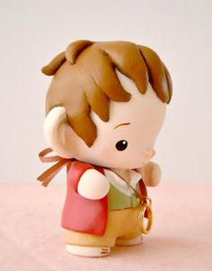 "Mijbil Creatures: Bilbo Baggins - vinyl Micro Munny from ""The Hobbit"""