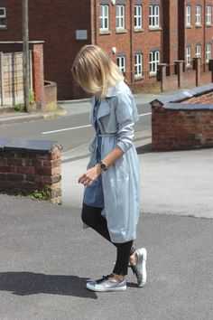 Lurch Hound Loves fashion blog in missguided silk mac and silver Supergas