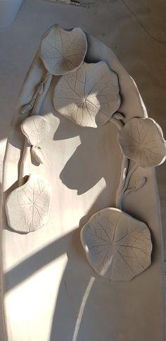Ceramic Bowls, Ceramic Pottery, Pottery Art, Ceramic Art, Artist Studios, Plates And Bowls, Pottery Ideas, Yard Art, Art Forms