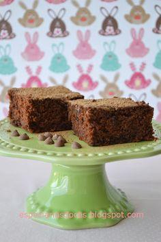 Bolo de chocolate com gotinhas de chocolate - Chocolate Chocolate-Chip Cake