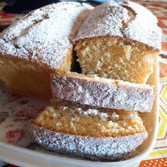 Budín de limón súper fácil Pan Dulce, Trifle, Homemade Cakes, Sin Gluten, Deli, Cornbread, Vanilla Cake, Food And Drink, Yummy Food