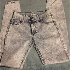 High waisted jeggings High waisted acid washed jeggings New York & Company Jeans Skinny