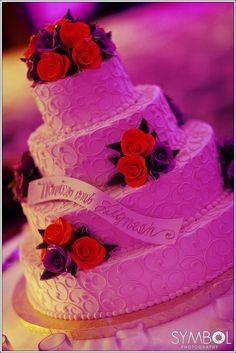 Unique cake idea #bostonindianweddingphotographer #bostonweddingphotography