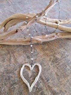 Open Heart Alloy Necklace in 2 Metal Colors