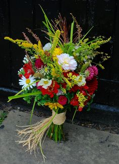 Stunning September bouquet by Yorkshire-based Real Country Flowers - every bloom seasonal, organic and homegrown. www.realcountryflowers.co.uk