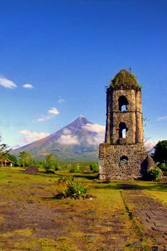 Mayon Volcano in Legazpi | 20 Photos of the Philippines that will make you want…