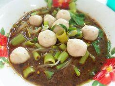 Black sauce noodle ( boat noodle Thai food ก๋วยเตี๋ยวเรือ )