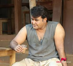 Mohanlal as Maanikyan in 'Odiyan' - Pictures