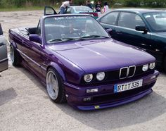 Bmw E30 Convertible, Bmw E30 M3, Bmw 3 Series, Cute Cars, Amazing Cars, Old Cars, Classic Cars, Zombie Weapons, Vehicles