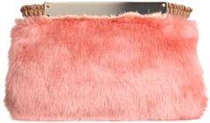 Pink faux fur clutch  / ShopStyle(ショップスタイル): [ビーピーアールビームス] bpr BEAMS SOLPRESA ファークラッチ.
