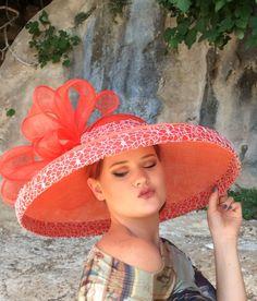 Kentucky Derby Race, Race Day Hats, Orange Gloves, Funny Hats, Diy Hat, Derby Hats, Fascinators, Hat Making, Scarfs