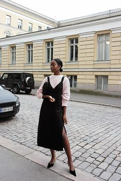 Inconceivable Fashion dresses korean,Modest fashion ideas trends and Fashion inspiratie. Look Fashion, Womens Fashion, Fashion Design, Fashion Tips, Feminine Fashion, Jeans Fashion, Fashion Hacks, Modern Fashion, Fashion Ideas