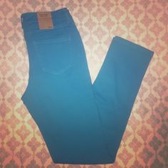 🎉SALE🎉 Blue Turquoise Skinny Denim Jeans Pants Beautiful pair of skinny jean 5 pocket denim jean pants. Size Large. (8-10) No damage. Brand new with tags. In perfect condition. Cotton Jangle Boutique  Jeans Skinny