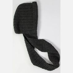 The Kikyo Hooded Scarf Black now featured on Fab.