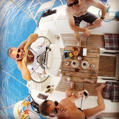 carpe diem with my friends   #davidlenherr #sycantoria #digitalnomad #workfromanywhere #sailinglife