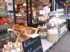 There's no need to consider calories when you combine gourmet French food with a three-hour walking tour! Your small group tour is led by an expert food connoisseur, who will take you through a number of Paris neighbourhoods to visit a French bakery, pastry shop, French caterer, wine shop, cheese shop, fruit and vegetable shop and market.