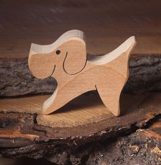 Wooden dog toy | Wooden animal figures | Diotoys.com