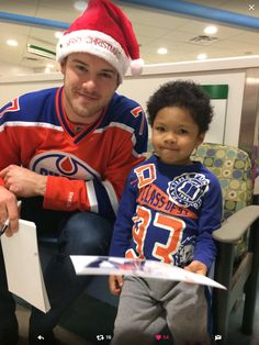 Christmas 2016... Oilers are every where with the less fortunate... Klefbom... These pics always get me in The feelers ❤️❤️
