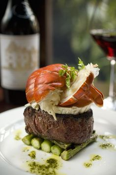 Filet with asparagus and lobster. (Image only)