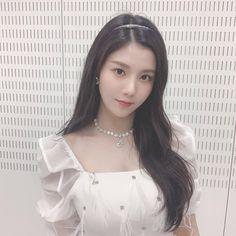 What true angel is --- Kpop Girl Groups, Kpop Girls, Yuri, Korean Girl, Asian Girl, Cool Girl, My Girl, Japanese Girl Group, Bleached Hair