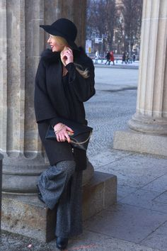 MBFW Berlin Style - Long black Coat - Wide pants. More looks and outfits on http://www.belle-melange.com/frozen-fashion-week/