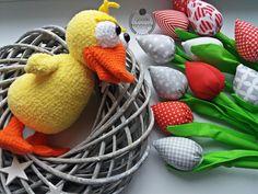 Sweet duck Orginal pattern fom Ildikko Tulip from 7style #amigurumi #crochet #crochettoys #maskotki #zabwki #szydełko #szydełkowanie #rękodzieło #diy #handmade #yarn #häkeln #ganchillo #Вязаниекрючком #wool #dziergam #amigurumilove #amigurumilicious #duck #ildikko #kaczka #kaczuszka #tulipany #hobby #myhobby #iloveit #robótki #szydełkiem