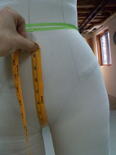 Sewing Cafe: Active Wear: Yoga pant pattern