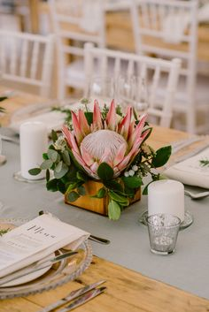 Chic Vineyard Wedding by Lad & Lass Photography King Protea Centerpiece Protea Wedding, Beach Wedding Flowers, Flower Bouquet Wedding, Floral Wedding, Rustic Wedding, Bridal Bouquets, Elegant Wedding, Flor Protea, Protea Flower