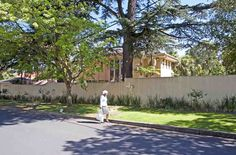 Nelson Mandela's private house after stepping down from Parliament Johannesburg Africa, Nelson Mandela, Luxury Travel, Sidewalk, Adventure, House, Home, Side Walkway, Walkway