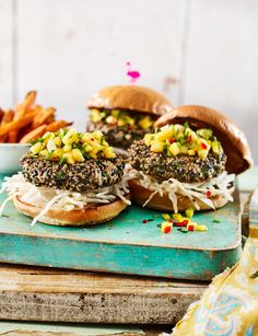 Sesame tuna burgers with chilli mango salsa by Sainsbury's Magazine. Keto/diet substitutes: Wild caught yellowfin tuna, homemade sugarless soy sauce and keto buns, avocado oil, and low carb berries (for mango). Burger Recipes, Grilling Recipes, Fish Recipes, Quick Recipes, Yummy Recipes, Dinner Recipes, Tuna Burgers, Keto Buns, Magic Recipe