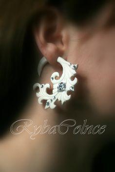 Die Braut Fake Ohr-Messgerät / Kunstleder von RybaColnce auf Etsy