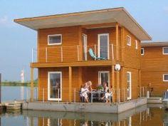 Hausboot für 6 Personen in Kröslin nahe Usedom an der Mecklenburgischen Ostseeküste.