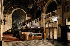 Abandoned Cinema, Detroit, US.