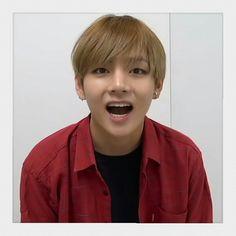 #V Bts Taehyung, Namjoon, Jimin, V Cute, Fan Picture, About Bts, Worldwide Handsome, Bts Boys, Taekook